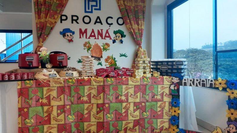 A PROAÇO, em parceria com a Maná do Brasil, realizou um almoço especial com festividades juninas