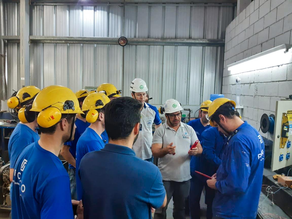 Aperfeiçoamento profissional: SESMT e Setor de Manutenção Industrial da PROAÇO realizam curso NR10.
