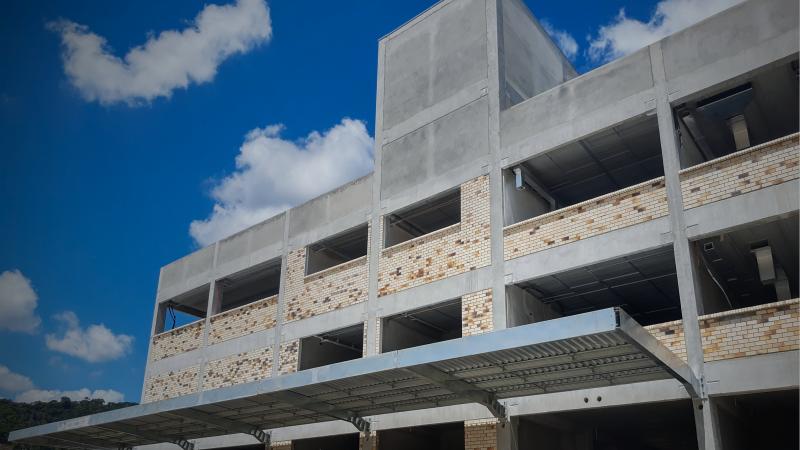 Estruturas pré-fabricadas: um sistema cada vez mais presente em construções de Centros Educacionais.
