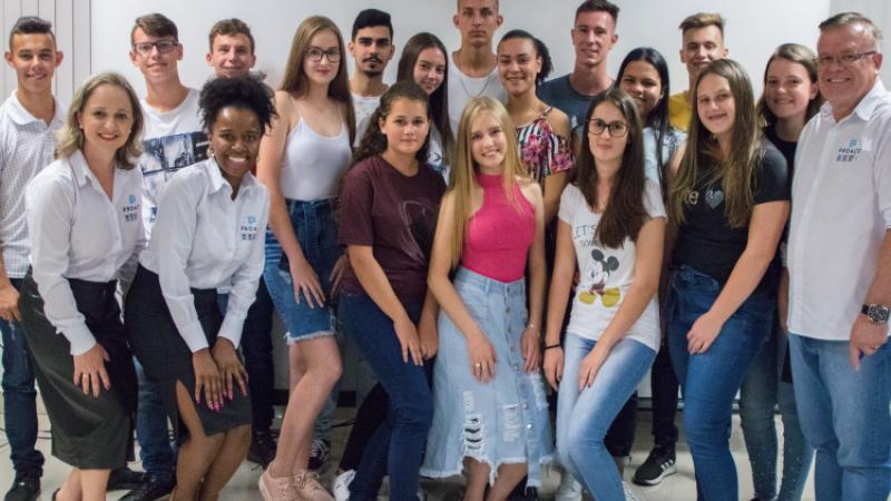 PROAÇO realiza o encerramento da 01ª Edição do Programa Jovem Aprendiz.